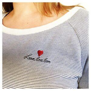 Kit broderie : love love love