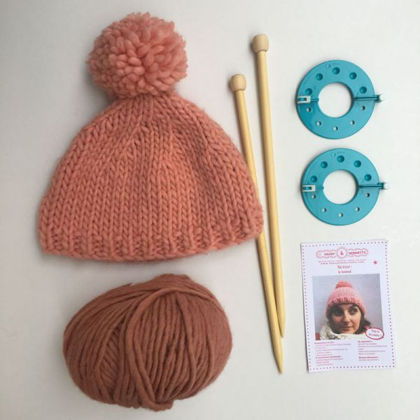 Kit tricot : le bonnet rose