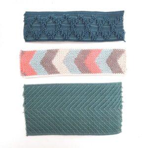 Élastique bleu rose fluo et gris à motifs flèche