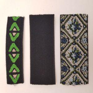 Élastique noir à motif vert et rose